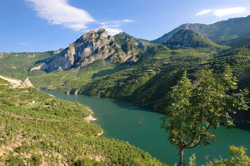 Voyage à pied : Albanie : Au pays des aigles...