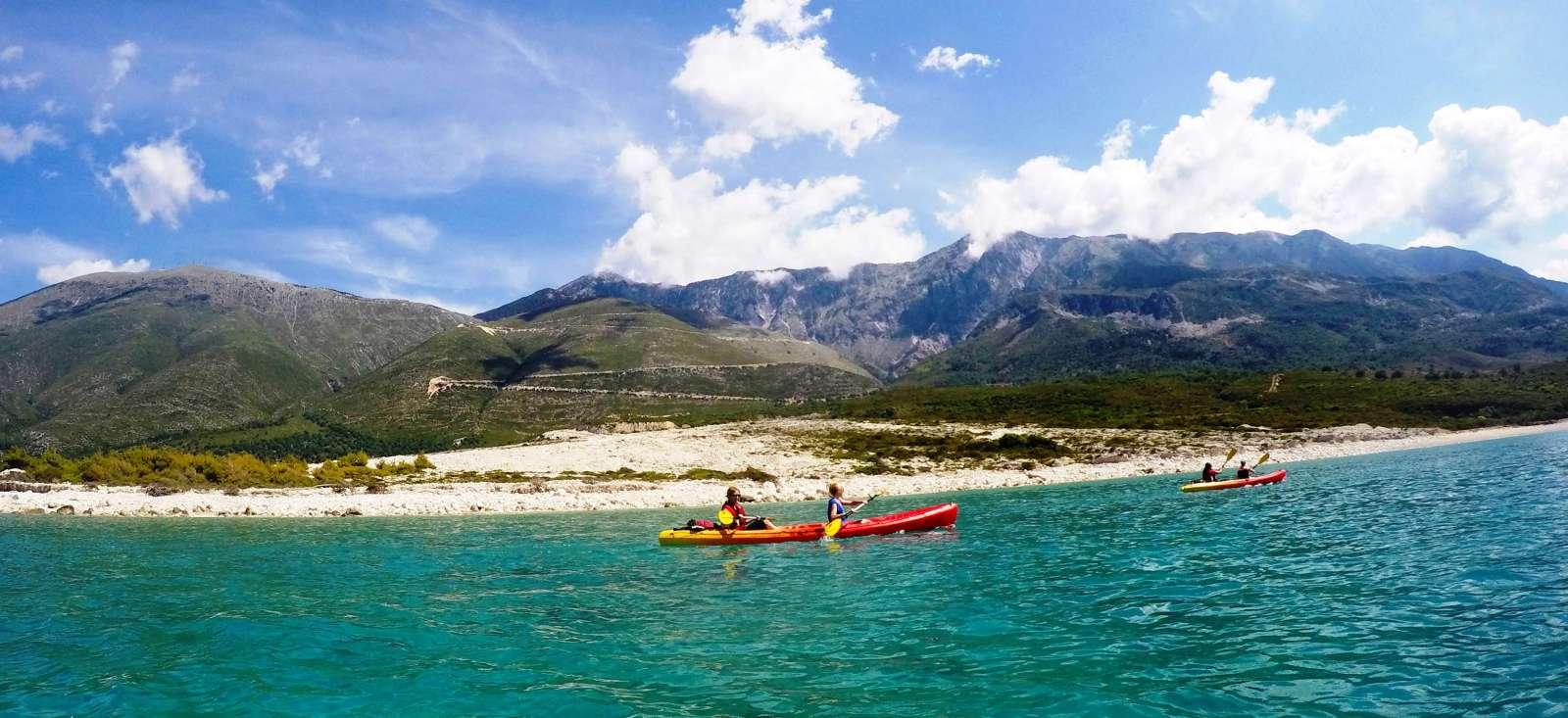 Voyage sur l'eau Albanie : Lacs de Macédoine et rives d\'Albanie en kayak