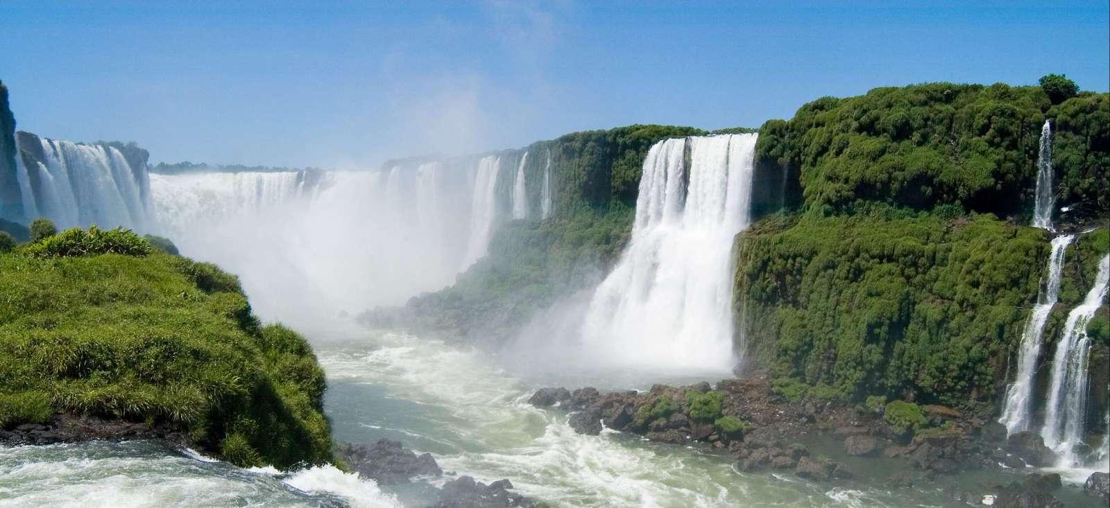 Voyage à pied Argentine : Terre de Feu, Glaciers et les Chutes d\'Iguazu