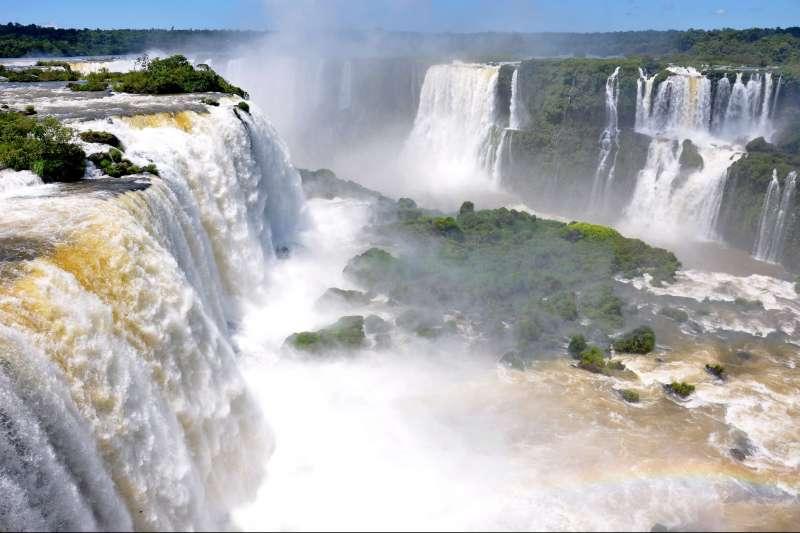 Voyage en véhicule : Sur la route de Salta à Iguaçu