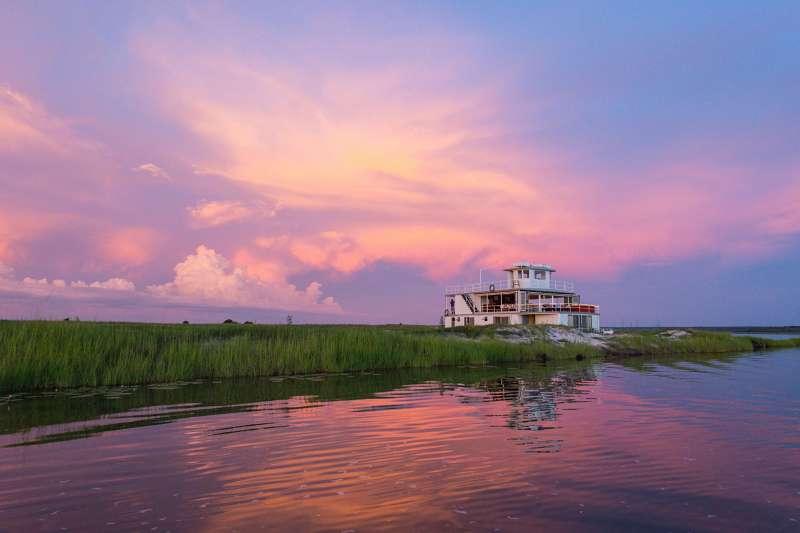 Voyage en véhicule : Aventure de Victoria Falls à l\'Okavango