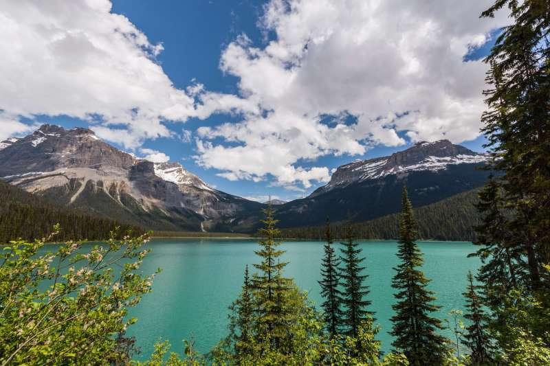 Voyage à pied : L\'ouest Canadien, grandeur nature