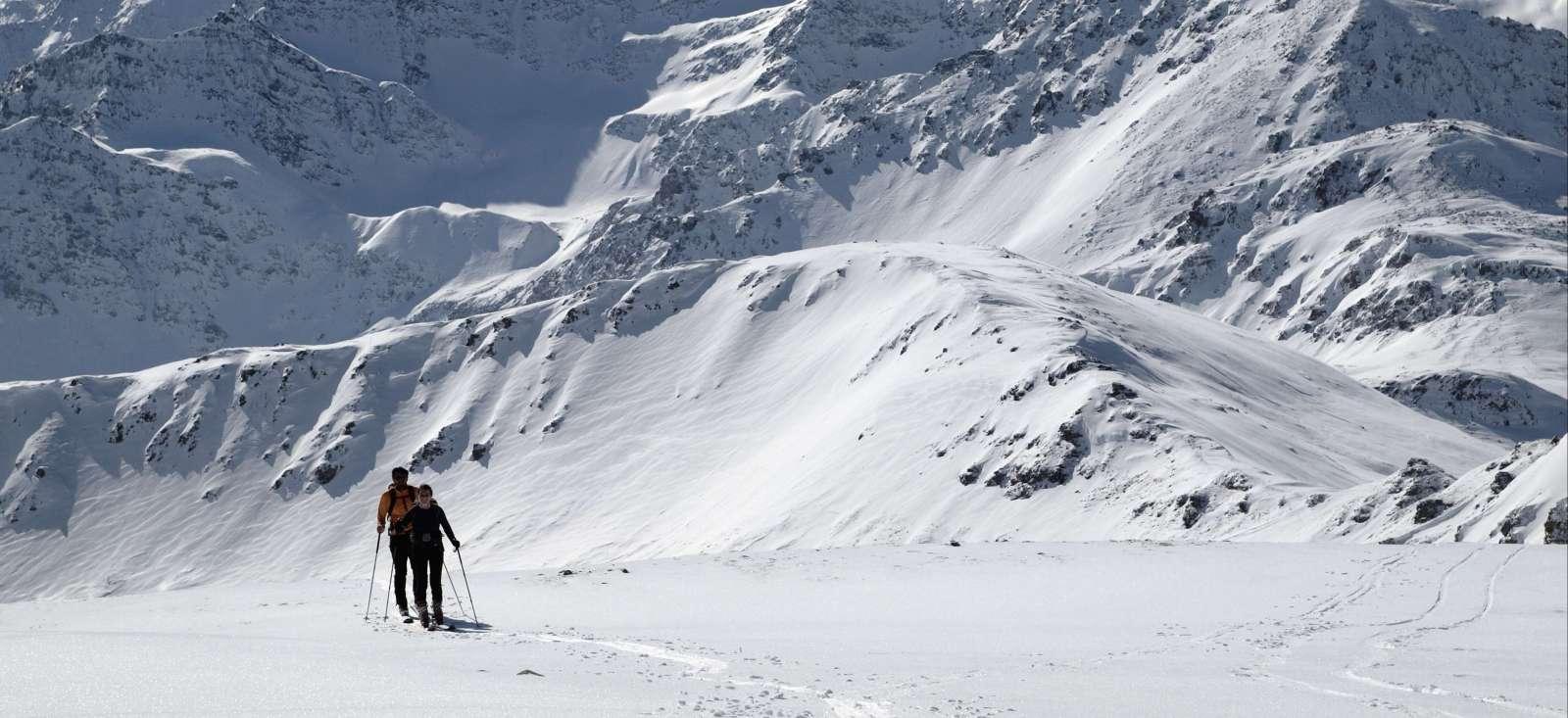 Voyage à la neige Suisse : Les Alpes suisses en raquettes