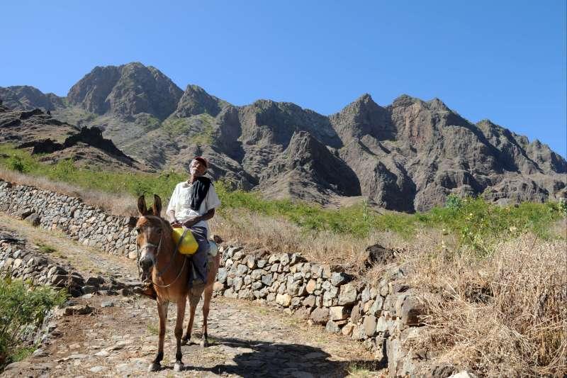 Voyage à pied : Roots, Saudade et rando !