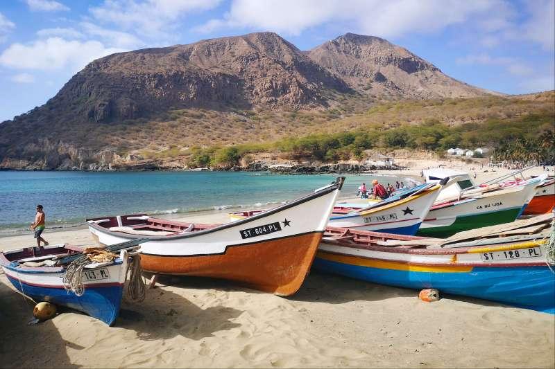 Voyage à pied : Les îles sous le vent de Santiago à Fogo