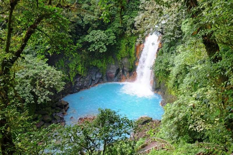 Voyage à pied : Le Paradis Tropical