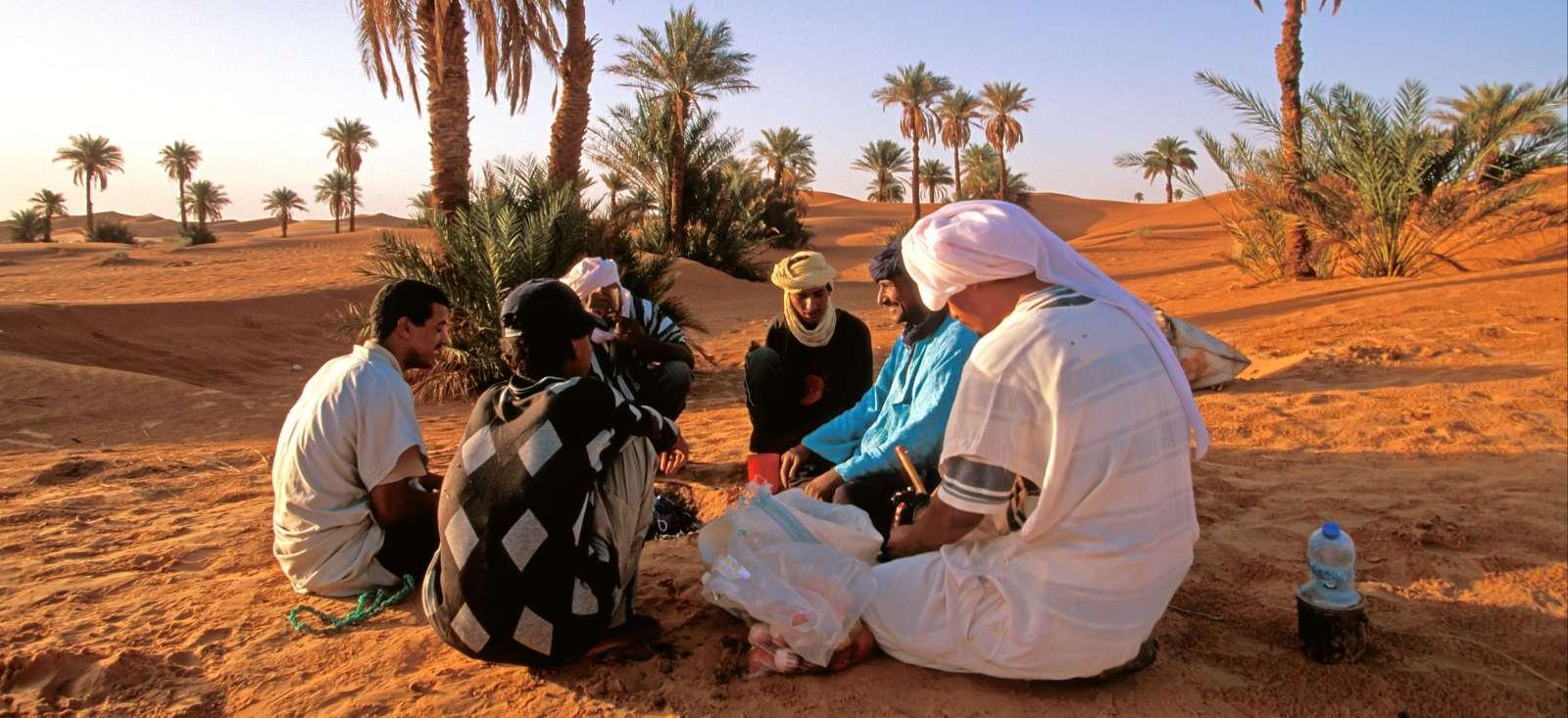 Voyage à pied : Ksours et oasis secrètes de Timimoun