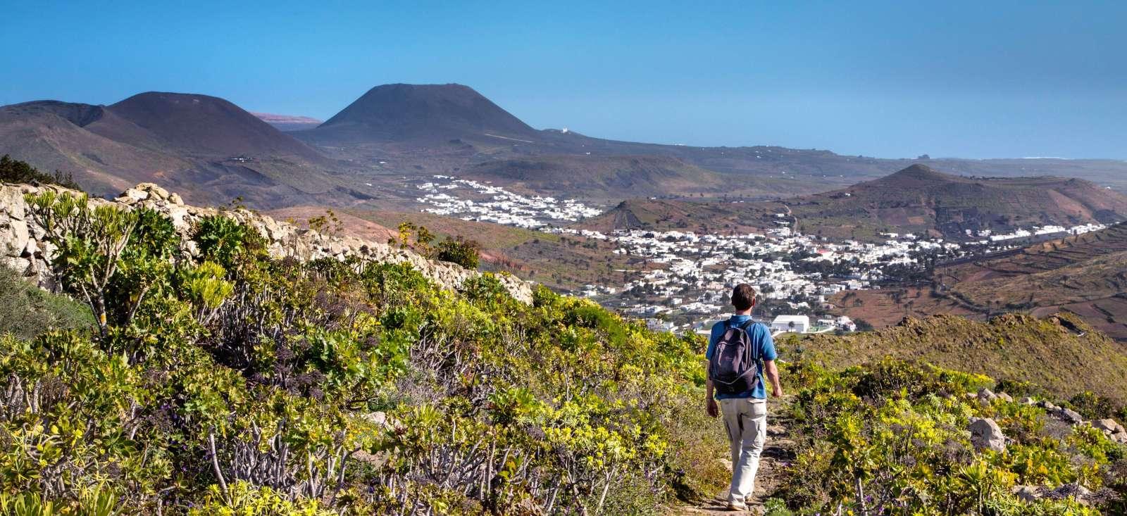 Voyage à pied : Volcans et sentiers de Lanzarote
