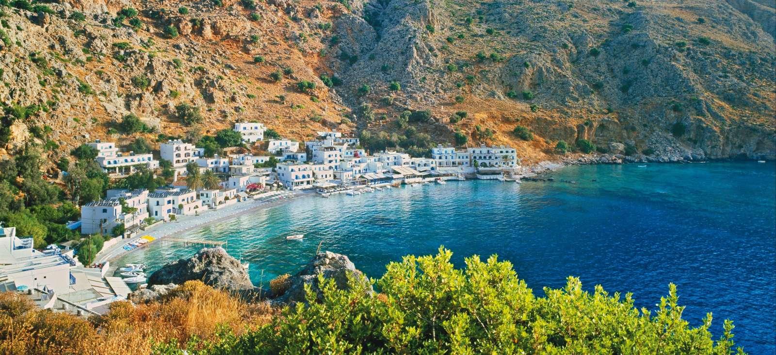 Voyage à pied : Criques bleues et montagnes blanches