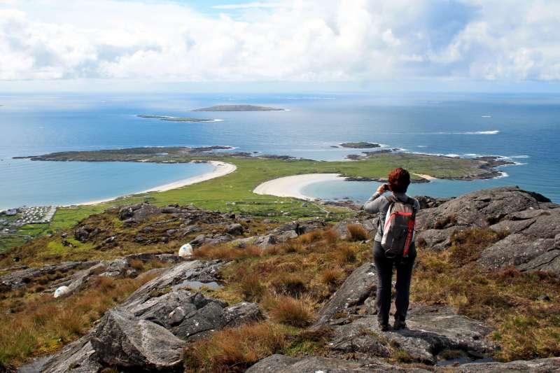 Voyage à pied : Iles et mystères de l\'ouest irlandais