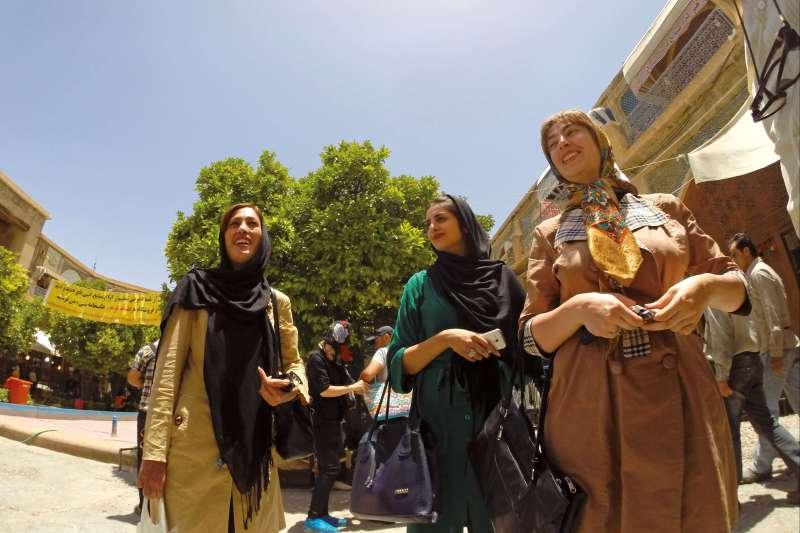 Voyage en véhicule : Un train pour la perse