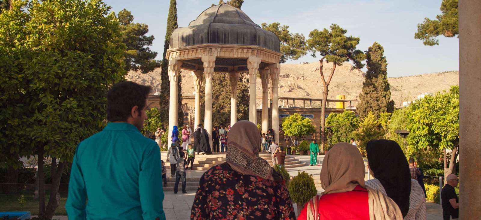 Voyage à pied : Perles d\'Iran et Poésie Persane