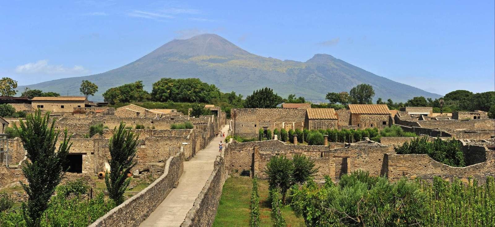 Voyage à pied Italie : Naples, le Vésuve et Amalfi