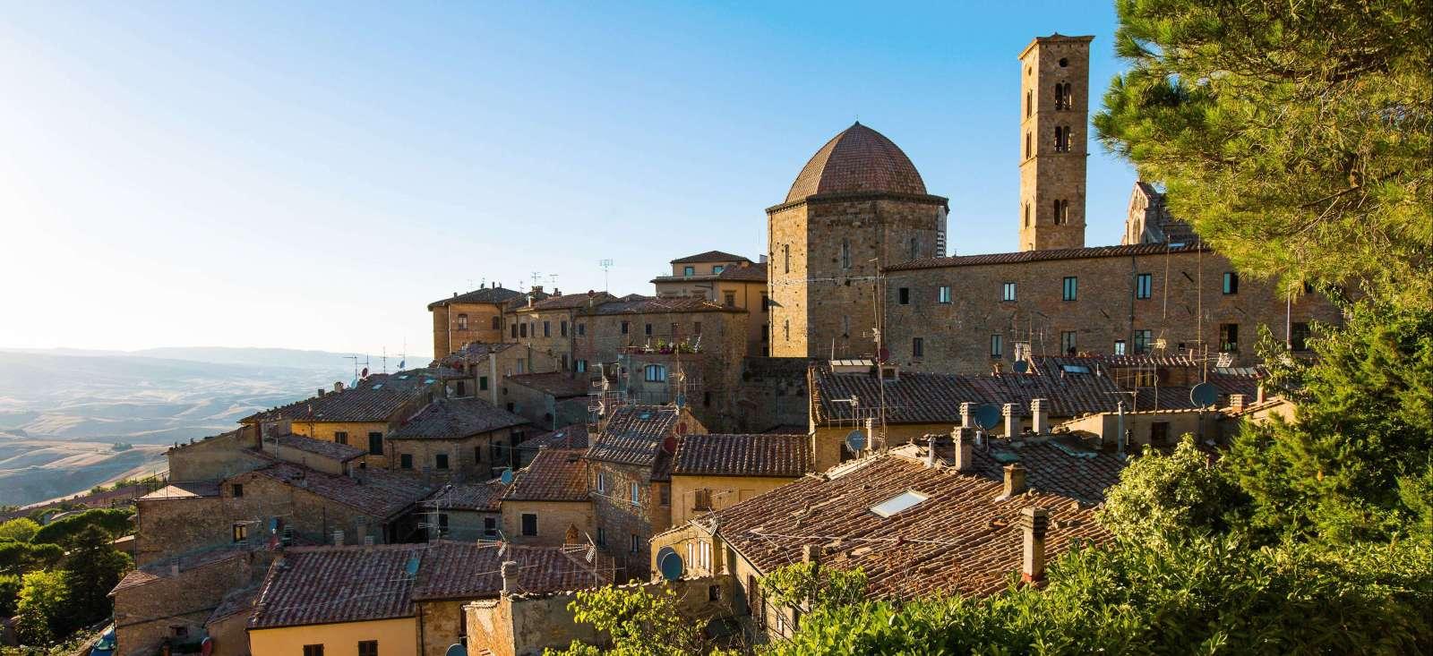 Voyage à pied Italie : Pleins feux sur l'incontournable Toscane