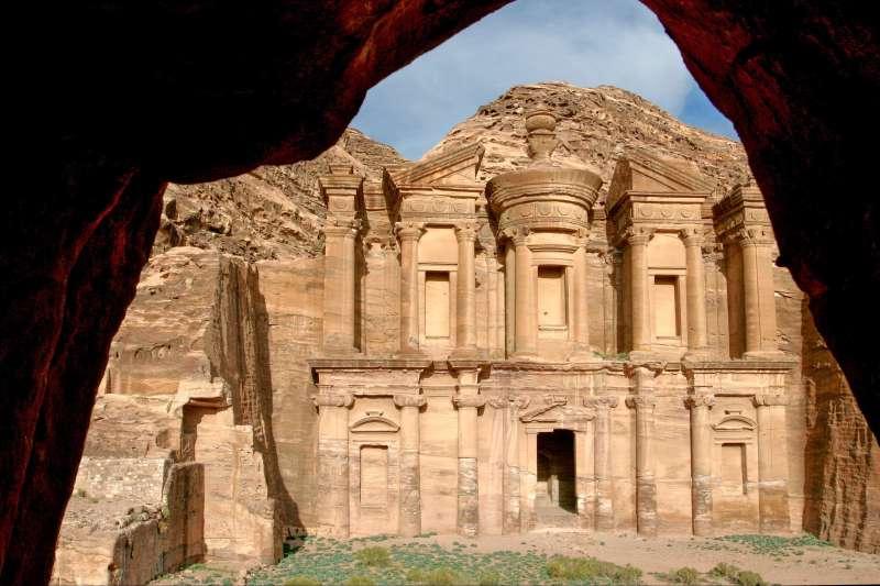Voyage à pied : Du Désert de Wadi Rum à Pétra la rose