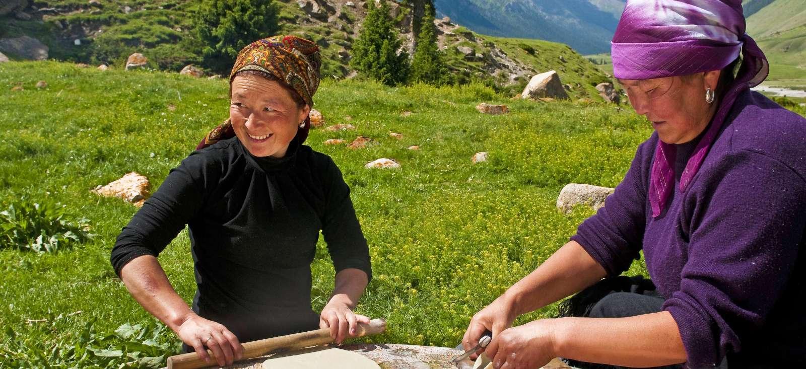 Voyage à pied : Kirghizistan : De Bishkek à Kashgar, la voie céleste...