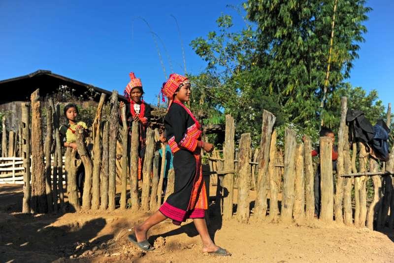 Voyage sur l'eau : Laos : Randonnée autour de Phôngsali