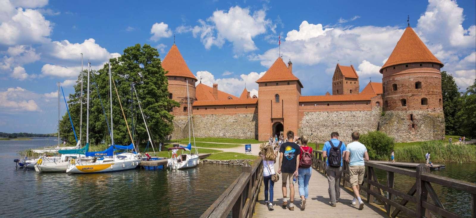 Voyage à pied Lituanie : Les pays Baltes, un triptyque inoubliable!