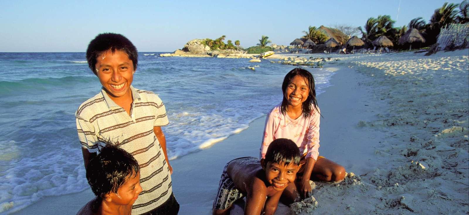 Voyage à pied : The Mayas, the Papas, et moi