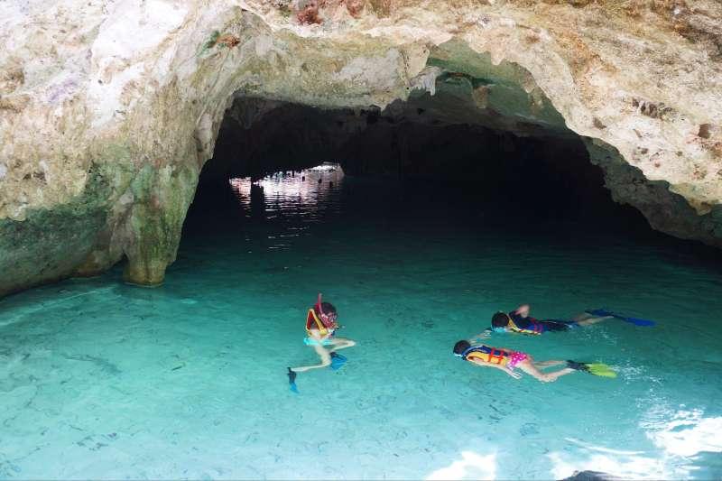 Voyage sur l'eau : The Mayas & the Papas... et moi !