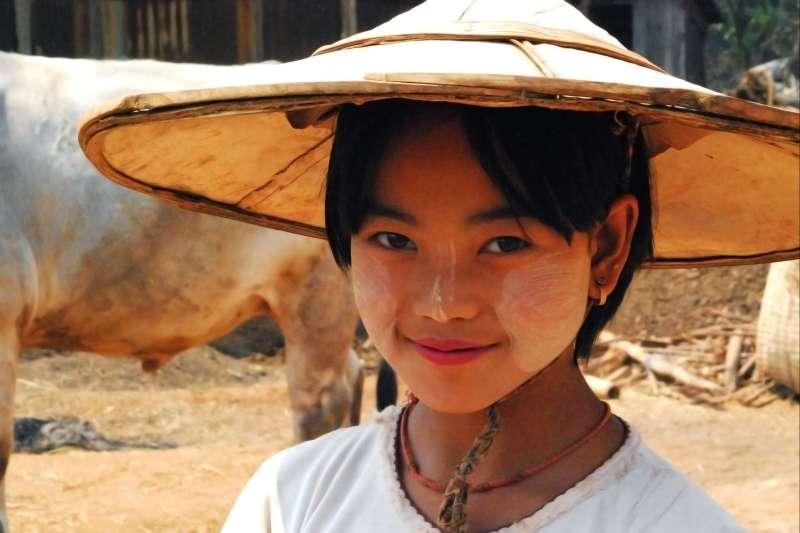 Voyage à pied : Balade en Terre Birmane & Rocher d\'or