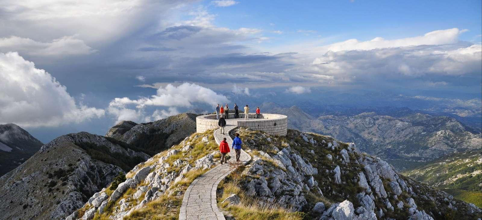 Voyage à pied : Montagnes et rives du Monténégro