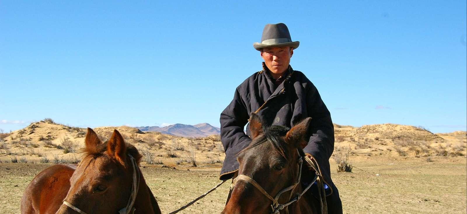 Voyage à pied : Rando steppes et nomades du Khenti