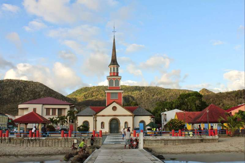 Voyage sur l'eau : La Martinique, perle de la Caraïbe...