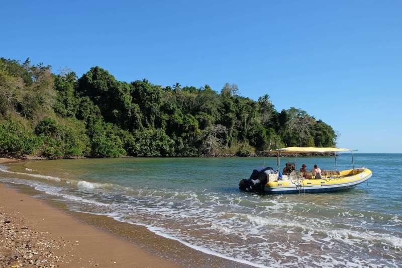 Voyage sur l'eau : Rando et Mayotte bain !
