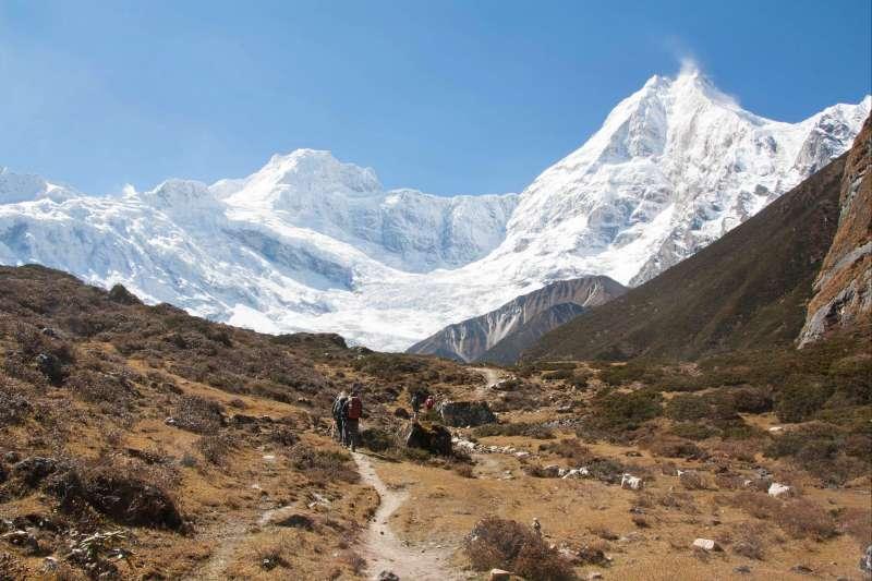 Voyage à pied : Trek autour du Manaslu