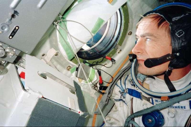 Voyage à pied : Dans les pas de Gagarine