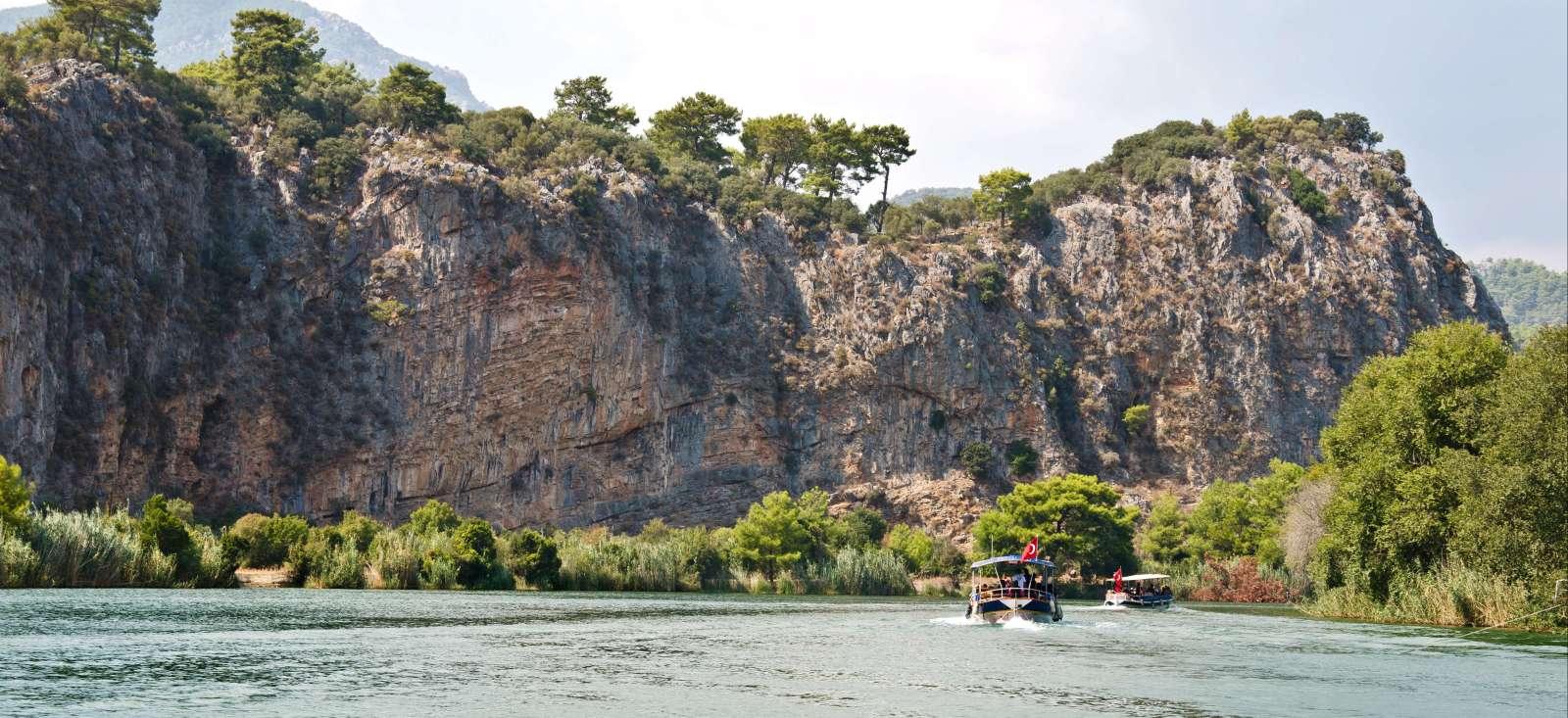 Voyage sur l'eau : La Lycie mi rando, mi bateau...