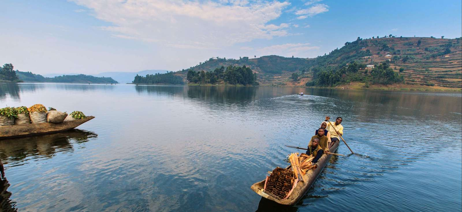 Voyage à pied : Gorilles, lacs et volcans