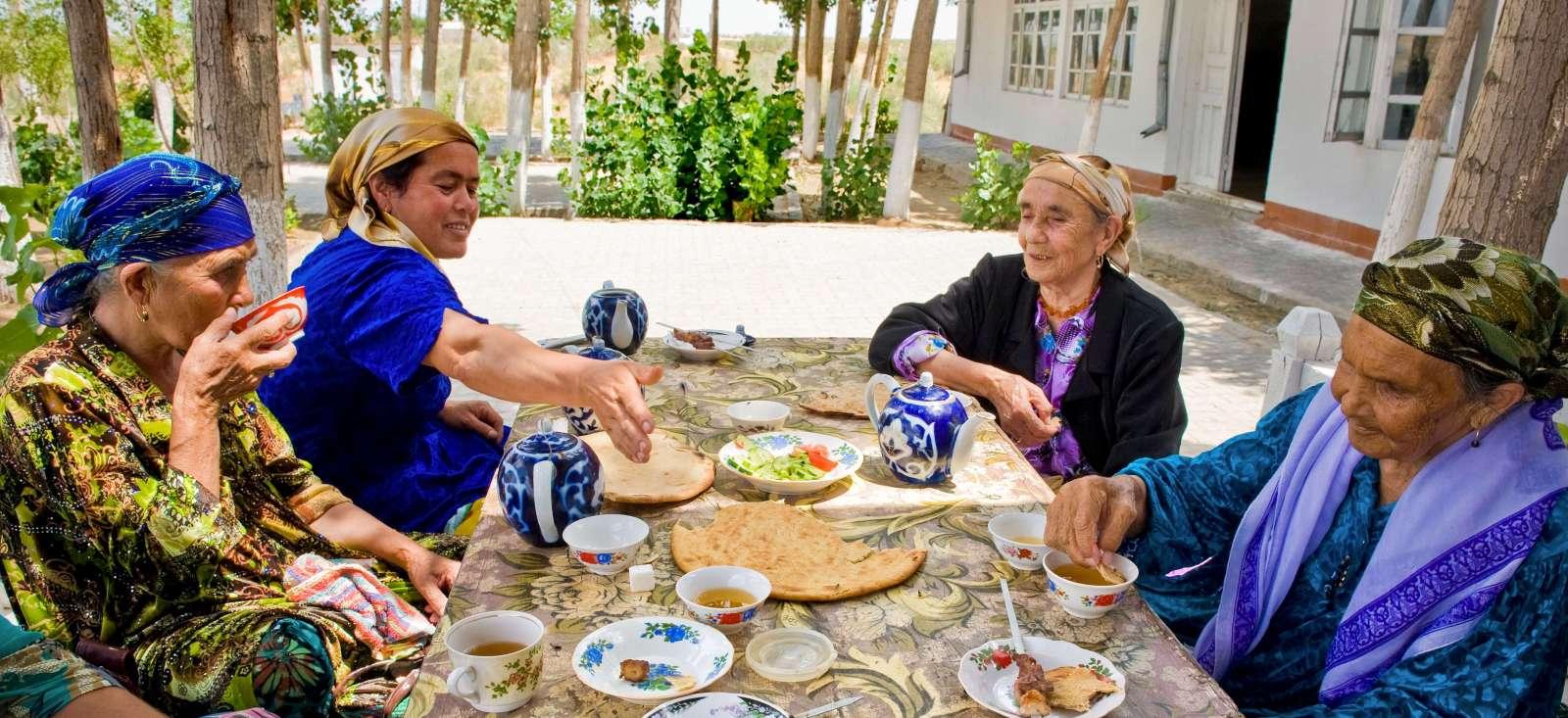 Voyage à pied : Comme un local: l\'Ouzbékistan en immersion !
